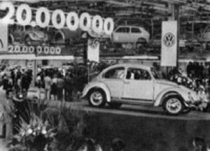 Käfer-produksjonen fortsatte i Emden, hvor den siste tyskproduserte bobla (med fast tak) ble sendt ut fabrikkporten den 19. januar 1978.