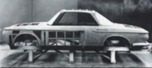 Fullskalamodell Karmann Ghia T3 i tre